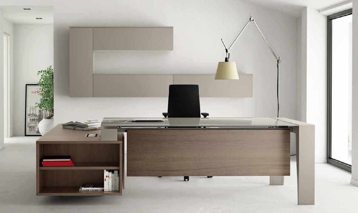 Scrivania per ufficio direzionale go imetallici arredamento for Ufficio direzionale design